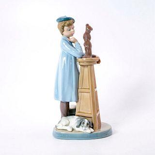 Little Sculptor 1005358 - Lladro Porcelain Figurine