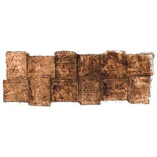 Códice en Cruz. Facsimilar. México, Siglo XX. Impresión coloreada dividida en 12 secciones y montadas sobre lino, plegada 135 x 46 cm.
