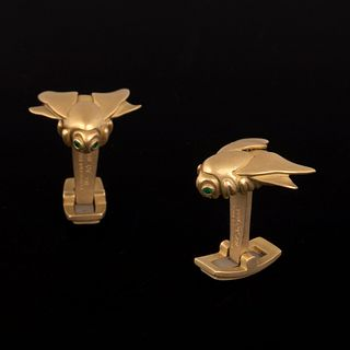 A Pair of Kieselstein Cord Gold Bee Form Cufflinks