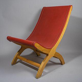Butaque estilo Porset en madera de cedro y piel roja / Red leather and oak butaque after Porset