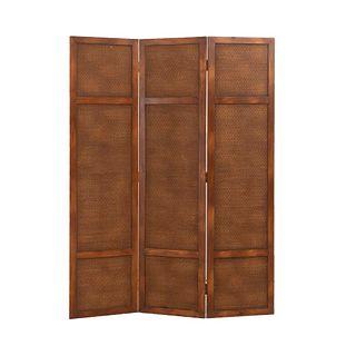 Biombo.  Siglo XX.  Estructura de madera.  A 3 páneles.  Decorado con elementos orgánicos.