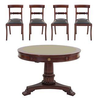 Mesa de juego con 4 sillas. Siglo XX. Elaborados en madera. Consta de: Mesa. Con cubierta circular, 6 cajones con tiradores.