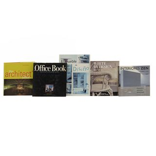 LIBROS SOBRE ARQUITECTURA Y DISEÑO DE INTERIORES. a) The Office Book. b) The Architect's Office. Piezas: 5.