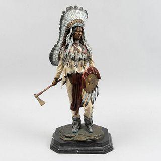 ANÓNIMO. Nativo Americano. Fundición en bronce. Con base de mármol. 53 cm (altura).