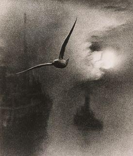 BILL BRANDT - Daybreak, London Bridge, 1935
