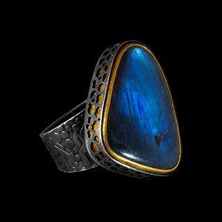 Rounded Triangular Labradorite Ring