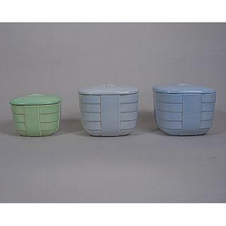Ánfora Vitreo. Juego de 3 depósitos Art Decó en semiporcelana / Set of 3 bone china vases