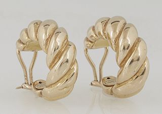 Pair of 18K Yellow Gold Twisted Hoop Clip Earrings, by Chimento, Dia.- 7/8 in., D.-3/8 in., Wt.- .26 Troy Oz. Provenance: The Estate of Dr. Sue LeBlan