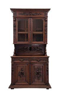 Buffet. Francia. SXX. Estilo Enrique II. En madera de roble. A 2 cuerpos. Con 2 cajones, 4 puertas, 2 con cristal. 247 x 129 x 46 cm
