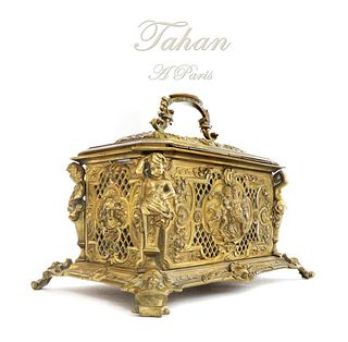 A Large French Figural Bonze Box by Tahan. 19th C.