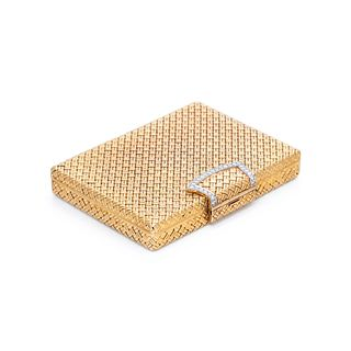 VAN CLEEF & ARPELS, YELLOW GOLD AND DIAMOND COMPACT