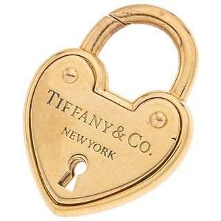 """PENDANT IN 18K YELLOW GOLD, TIFFANY & CO. Weight: 15.9 g. Size: 0.8 x 1.1"""" (2.1 x 2.8 cm)"""