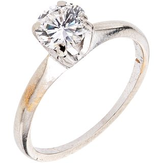 SOLITAIRE RING WITH DIAMOND IN 14K WHITE GOLD 1 Brilliant cut diamond ~0.70 ct  Clarity: I2-I3. Weight: 2.1 g. Size: 6 ½