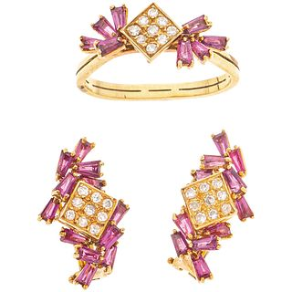 SET OF RING AND PAIR OF EARRINGS WITH RUBIES AND DIAMONDS IN 18K YELLOW GOLD 30 Baguette cut rubies ~1.0ct and 27 Diamonds~0.27ct