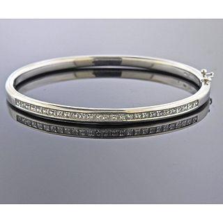 18k Gold 2.50ctw Diamond Bangle Bracelet