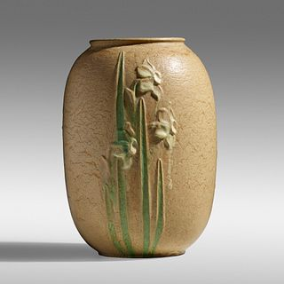 Ruth Erickson for Grueby Faience Company, Rare multicolor vase with daffodils
