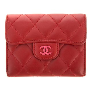 A Chanel Classic Flap Wallet