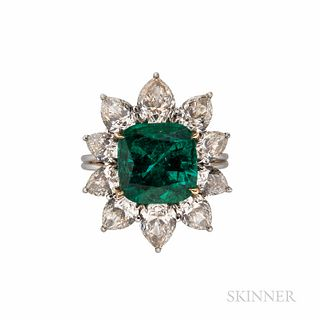 Fine Harry Winston Emerald and Diamond Ring