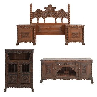 Recámara. SXX. Estilo español. En talla de madera. Consta de: cabecera matrimonial, cómoda, par de burós y tocador. Piezas: 5