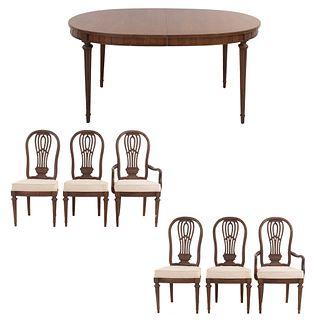 Comedor. Estados Unidos. SXX. En madera. Marca Thomas Ville Furniture. Consta de: mesa, 2 sillones y 4 sillas. 75 x 173 x 114 cm (mesa)