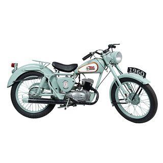 Motocicleta. Inglaterra. Ca. 1958-1960 Marca BSA. Modelo Bantam. 125 c.c. Con 02138 millas.