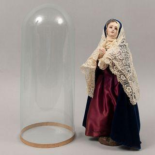 Virgen dolorosa. Principios del siglo XX. Elaborada en madera con recubrimiento de escayola. Con capelo de vidrio.