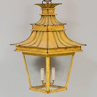 Tôle Peinte Four-Light Pagoda Lantern