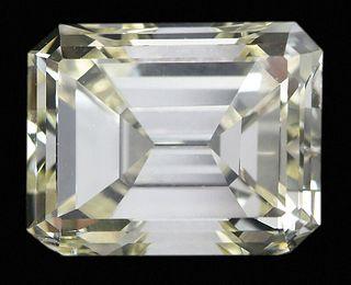 6.27ct. Fancy Light Yellow Diamond