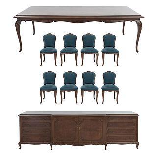 Comedor. Siglo XX. En talla de madera. Consta de: Mesa, trinchador y 8 sillas. 85 x 280 x 115 cm (mayor) Piezas: 10