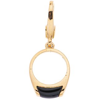 PENDANT WITH ONYX IN 18K YELLOW GOLD, BVLGARI With onyx application. Weight: 3.0 g