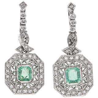 PAIR OF EARRINGS WITH EMERALDS AND DIAMONDS IN PALLADIUM SILVER 2 Octagonal cut emeralds ~2.0 ct and 62 8x8 cut diamonds ~1.10 ct