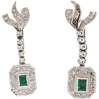 PAIR OF EARRINGS WITH EMERALDS AND DIAMONDS IN PALLADIUM SILVER 2 Rectangular cut emeralds ~0.40 ct and 48 8x8 cut diamonds ~0.50 ct