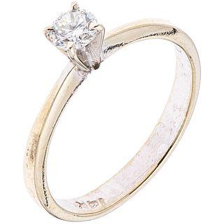 SOLITAIRE RING WITH DIAMOND IN 14K WHITE GOLD 1 Brilliant cut diamond ~0.30 ct Clarity: VS2 Color: I-J