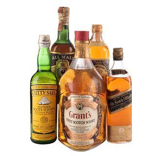 Whisky. a) Johnnie Walker Black Label. b) All malt. c) King William IV. d) Cutty Sark. Total de piezas: 5.
