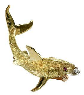 18kt. Shark Brooch