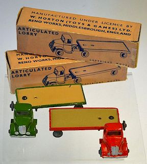 Britains - Lilliput Vehicle Series, comprising 2 x LV603 Articulated Lorry, comprising: Red Cab with