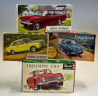 Selection Model Airfix plastic Kits to include 1/32 Scale Ford Escort, Victor 2000 Estate (missing i