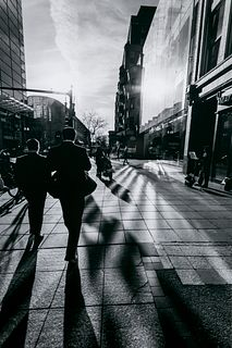 Scott Erb, Streets of Boston in Sunlight