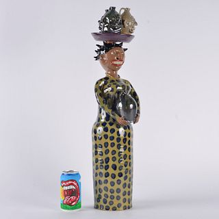 Marvin Bailey Woman Statue