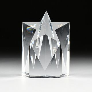 """A TIFFANY & CO. """"SHOOTING STAR"""" CRYSTAL PAPERWEIGHT, SIGNED,"""