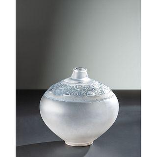 René Lalique, Sirènes et Cabochons Vase