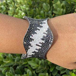 Diamond and 18K Cuff Bangle