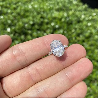 HRD 8.31ct Diamond and 18K Ring