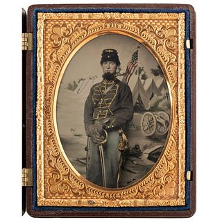 [CIVIL WAR]. Quarter plate ruby ambrotype of Union cavalry bugler with saber. N.p.: n.p., [1860s].