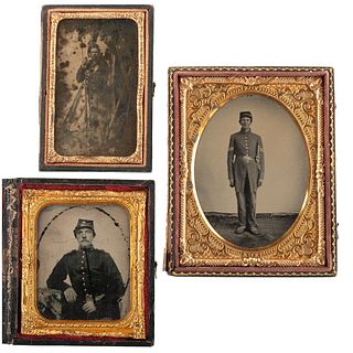 [CIVIL WAR]. A group of 3 ambrotypes featuring soldiers, comprising: