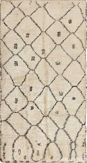 VINTAGE BENI OURAIN MOROCCAN CARPET. 12 ft 3 in x 6 ft 6 in (3.73 m x 1.98 m).