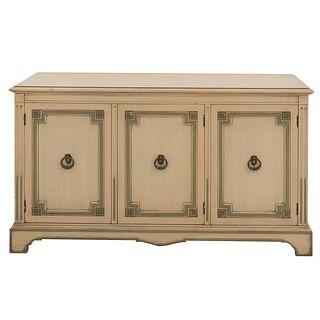 Trinchador. SXX. Elaborado en madera color beige. Con cubierta rectangular y 3 puertas con tiradores. 77 x 139 x 49 cm