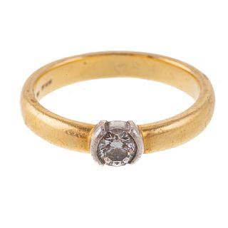A Classic Tiffany & Co. 0.27 ct Diamond Ring