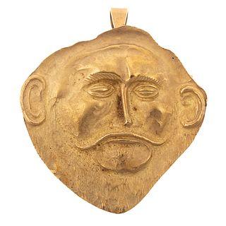 An 18K Yellow Gold Pin/Pendant Depicting a Man