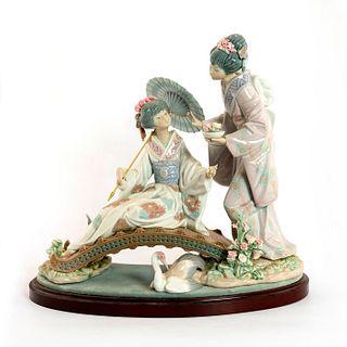Springtime in Japan 1001445 - Lladro Porcelain Figure